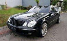 Mercedes-Benz E260  2003 DVG.WIS.Entities.Color