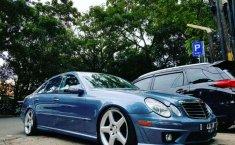 2004 Mercedes-Benz E240 dijual
