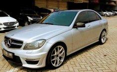 Mercedes-Benz C63 AMG 2013 terbaik
