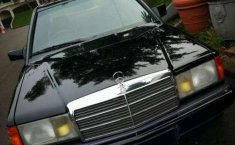 Mercedes-Benz 190E  1986 harga murah