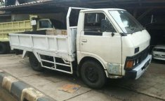Nissan UD Truck  1995 DVG.WIS.Entities.Color