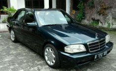 Mercedes-Benz C180  1994 DVG.WIS.Entities.Color