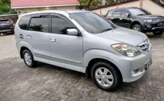 Review Toyota Avanza 2008
