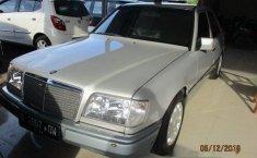 Mercedes-Benz E320 () 1994 kondisi terawat