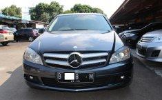 Mercedes-Benz C200 Classic 2009 Dijual