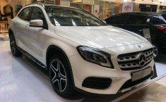 Mercedes-Benz GLA 200  2018 harga murah