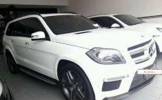 Mercedes-Benz GL400 2015 terbaik