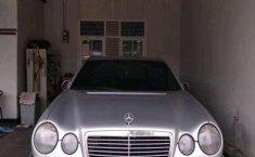 Mercedes-Benz E320 1997 terbaik