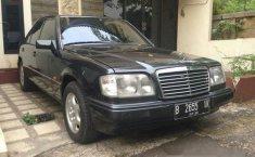 Mercedes-Benz E220  1997 harga murah