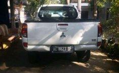 Mitsubishi Strada 2012 terbaik