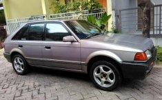 Mazda 323  1989 Abu-abu