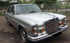 0 Mercedes-Benz 280S dijual