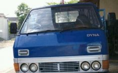 Toyota Dyna  1991 Biru