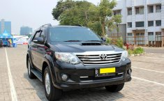 Jual Mobil Toyota Fortuner G 2014