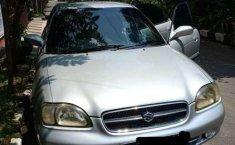 Suzuki Baleno  2000 Silver