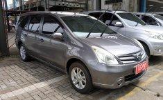 Dijual Nissan Grand Livina SV 2013