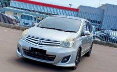 Dijual Nissan Grand Livina Ultimate 2013