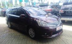 Dijual Nissan Grand Livina XV 2014