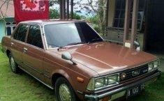 Toyota Corona 2000 terbaik