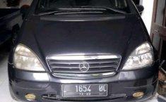 Mercedes-Benz CLS 2000 dijual