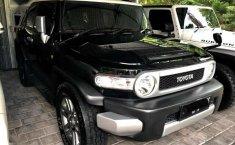 Toyota FJ Cruiser 2013 terbaik