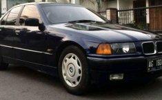 1994 BMW i8 dijual
