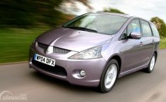 Review Mitsubishi Grandis 2005