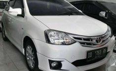 Toyota Etios 2015 dijual