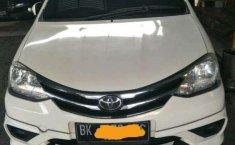 Toyota Etios  2016 Putih