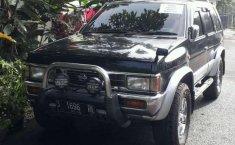 2002 Nissan Terrano dijual