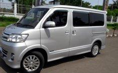 Jual Daihatsu Luxio 1.5 Wagon 5dr NA 2010