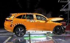 Ingin Kendaraan Listrik yang Aman? Anda bisa Pilih Mercedes-Benz EQC