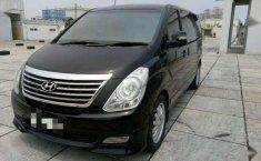 Hyundai H-1 XG Next Generation 2011 Hitam