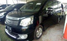 Jual Mobil Toyota NAV1 G 2013