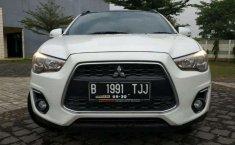 Mitsubishi Outlander 2015 dijual