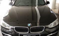 Jual Mobil BMW 3 Series 320i 2018