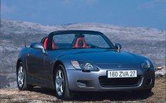 Review Honda S2000 2000: Mobil Klasik Futuristik Khas Honda