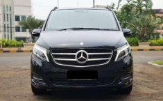 Mercedes-Benz V-Class (V 220) 2016 kondisi terawat