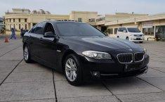 Jual Mobil BMW 5 Series 520i 2010