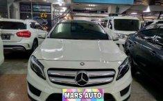 Mercedes-Benz GLA (200) 2014 kondisi terawat