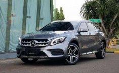 Mercedes-Benz GLA 2018 terbaik