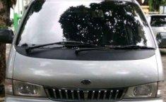 2004 Kia Pregio dijual