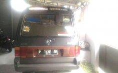 Mazda MPV  2000 Abu-abu