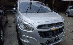Jual Mobil Chevrolet Spin LS 2015