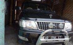 Jual Mobil Toyota Kijang LGX 2004