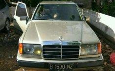 Mercedes-Benz 200 (2.0 Manual) 1988 kondisi terawat