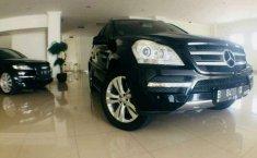 Mercedes-Benz GL-Class () 2011 kondisi terawat