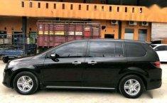 Mazda 8 2011 terbaik