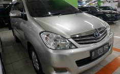 Jual Toyota Kijang Innova 2.0 V 2010