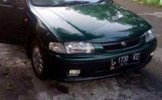 Mazda Familia  1997 Hijau